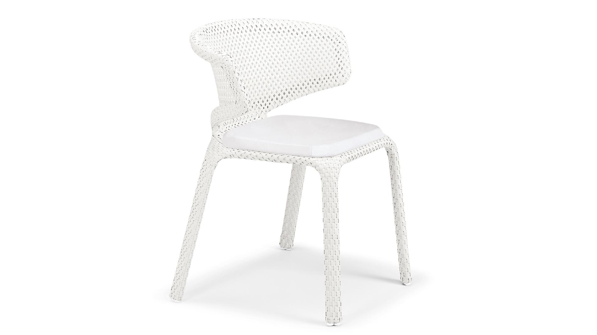 Dedon Seashell chair.png