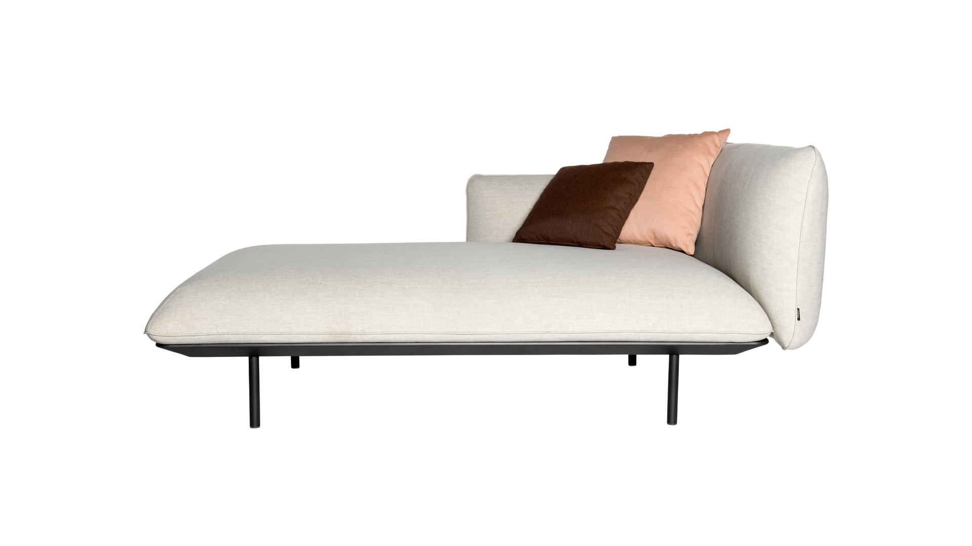 Senja-sofa-tribu-right.jpg