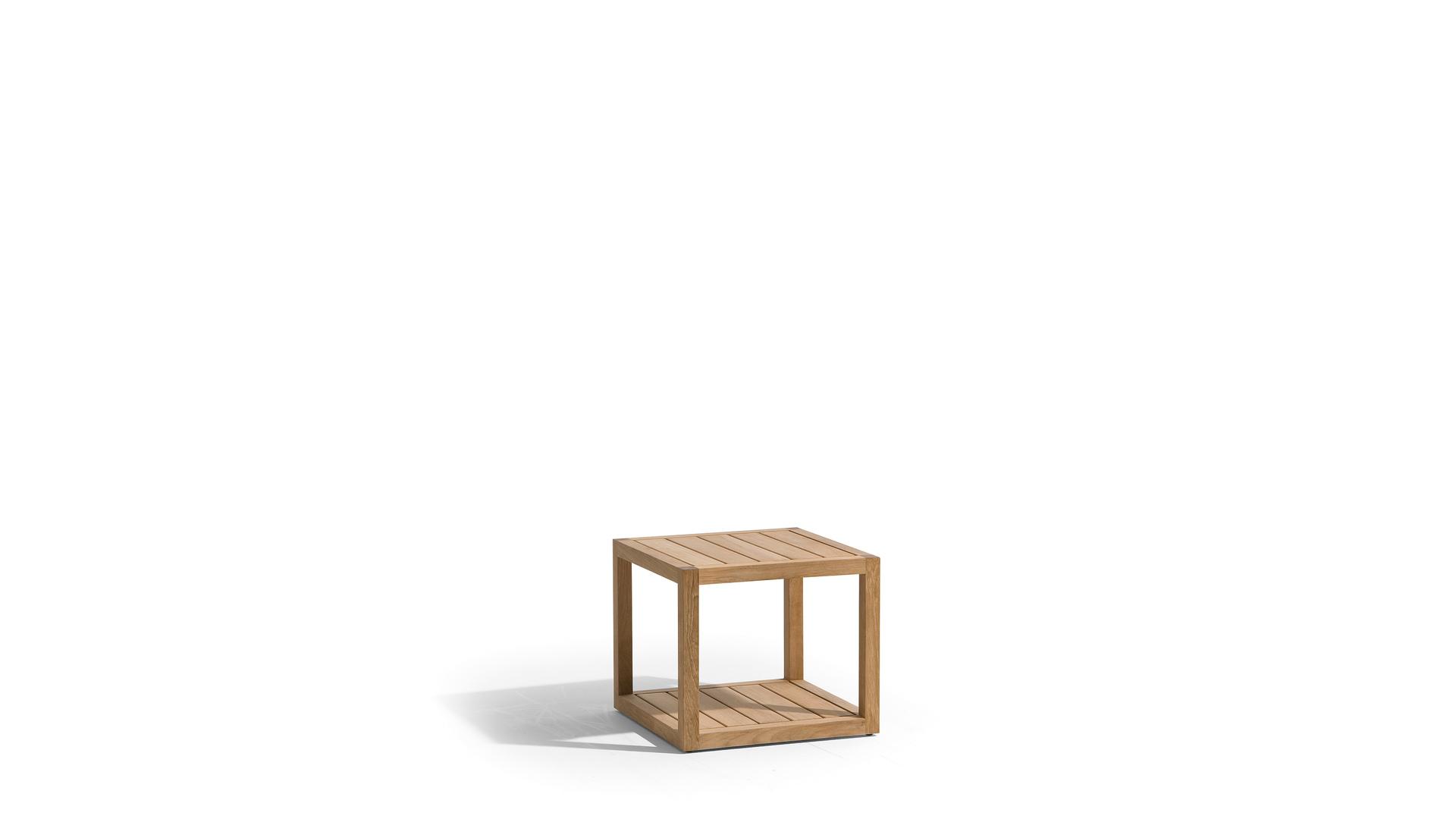 04 side table.jpg
