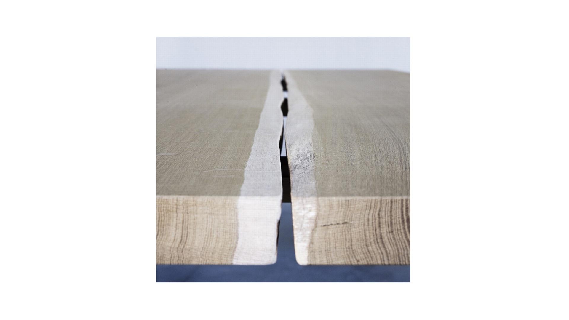 Woud table  (3) klein.jpg