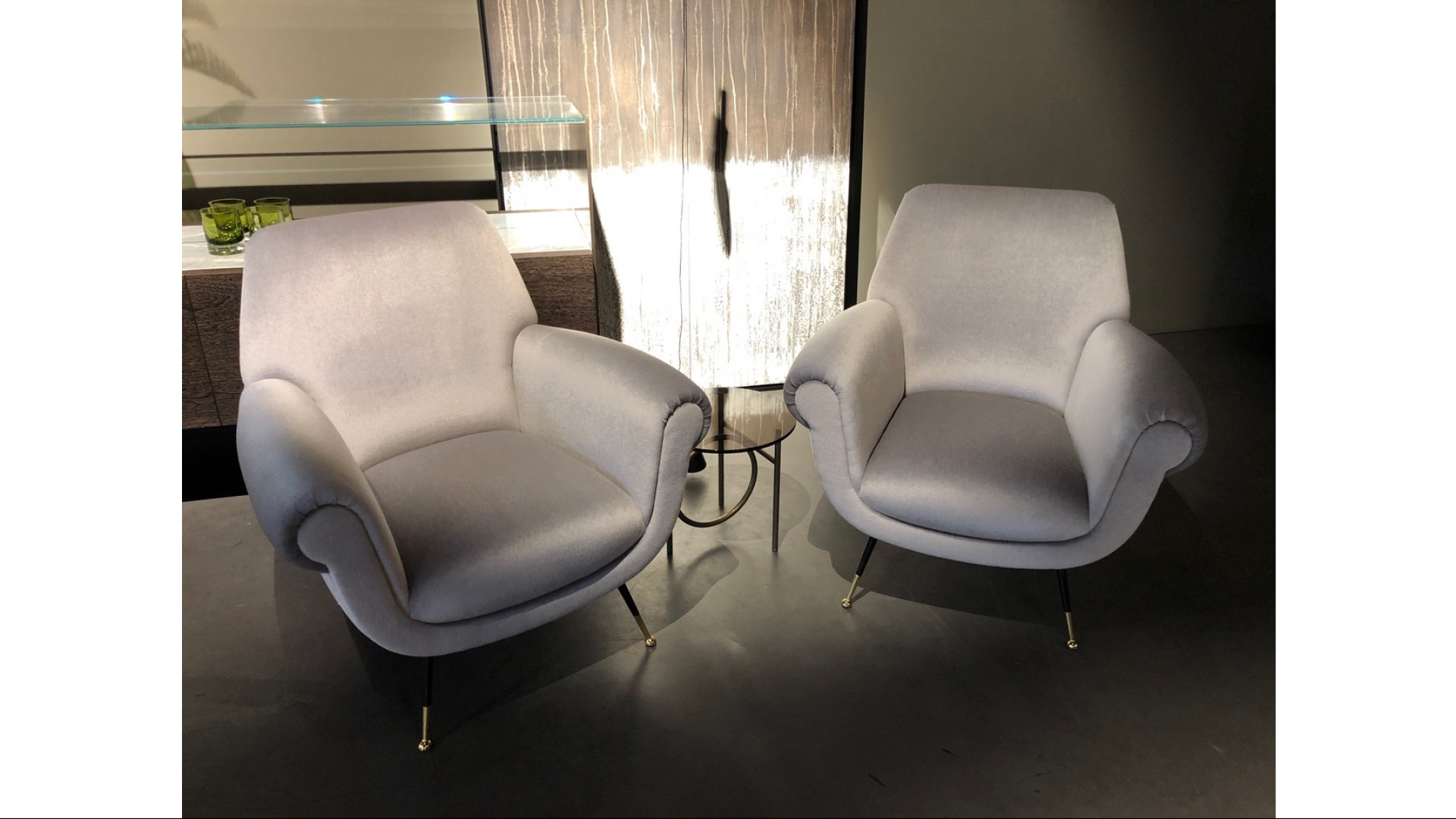 2x Albert armchair + Ring table
